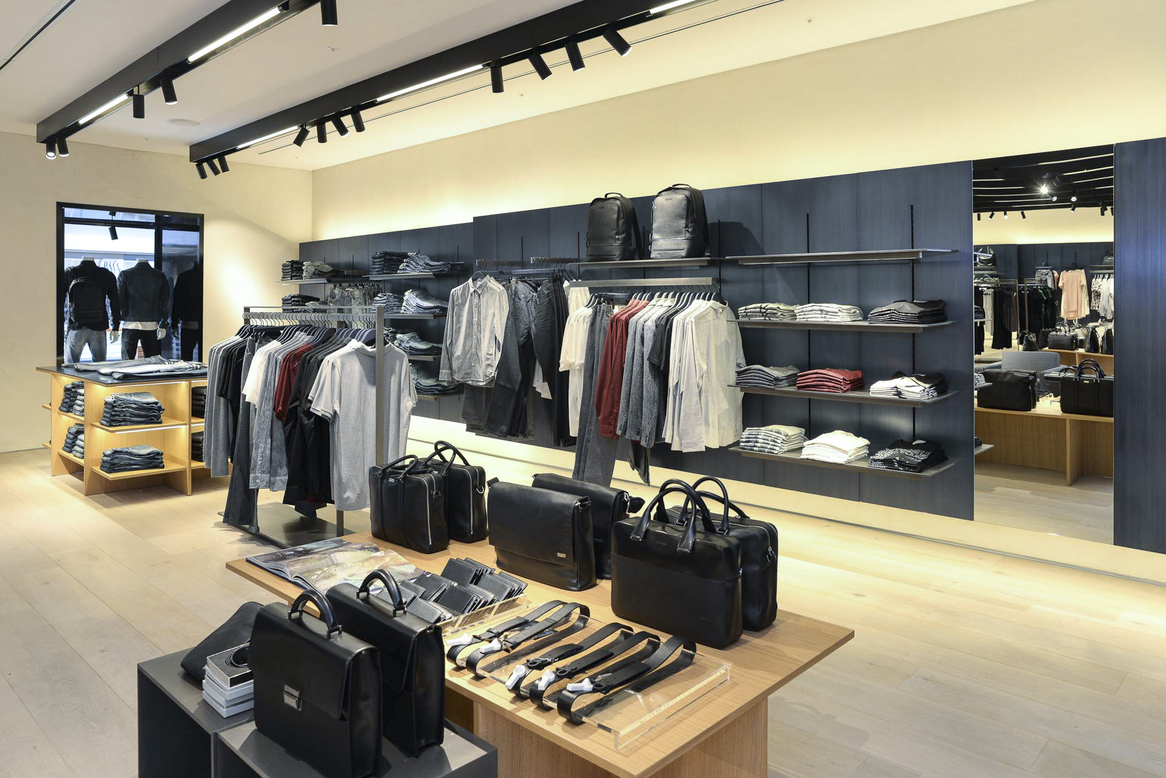 calvin klein opens first store in south africa at the v a waterfront. Black Bedroom Furniture Sets. Home Design Ideas